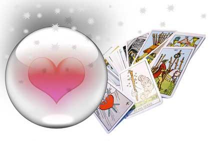 Liebeskummer lohnt sich nicht! Krisen überwinden durch mediales Kartenlegen